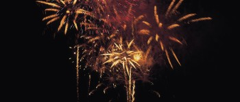 ew_Years_Resolution_Fireworks